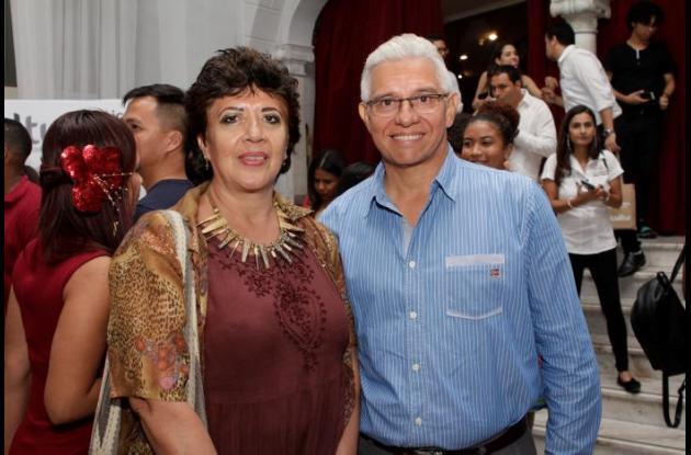 Marcela Nossa y Raimundo Lascarro.