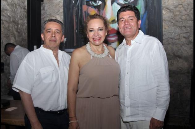 Marco Villalol, Yolanda Torres y Hernán Pastor.