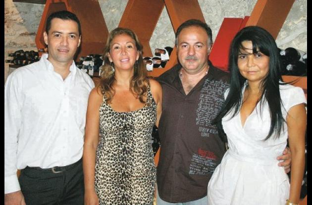 Diego Martín Cortés, Milena Echeverría,  Elio D´ Angelo y Glenda Soto.
