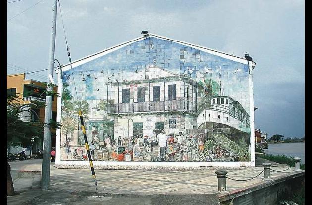 Mural del artista Adriano Ríos Sosa en la Plaza de Lorica.