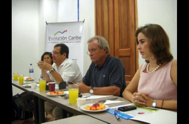HERMES FIGUEROA A., EL UNIVERSAL