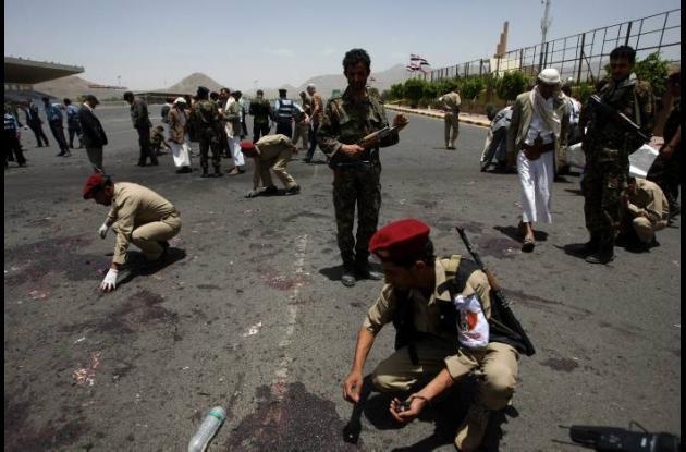 Atentado en Yemen deja 96 soldados muertos