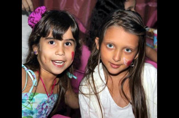 Michelle Paternina y Ana Acosta.