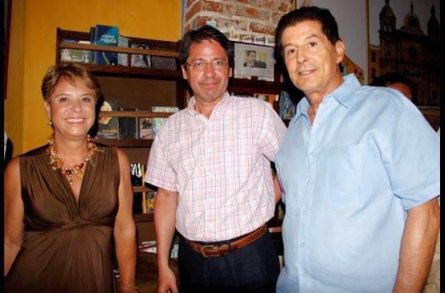 Raúl Vallejo lanza libro