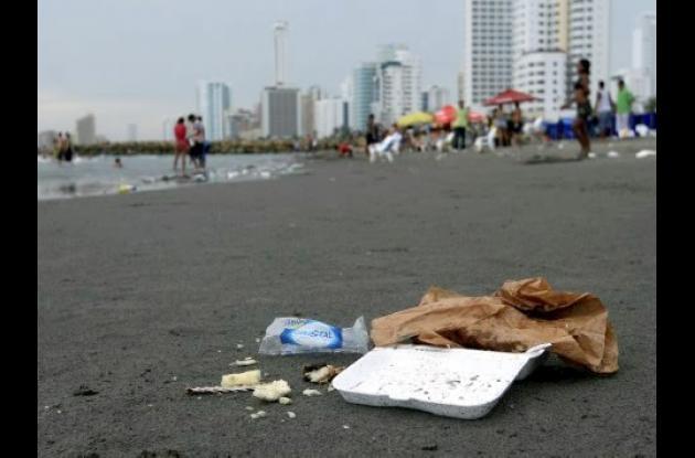 Un llamado ciudadano hizo el consorcio de aseo Pacaribe para que tanto turistas como cartageneros quieran y cuiden la ciudad.