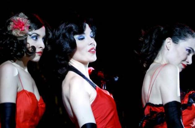 ¡Sing! ¡Sing! ¡Sing! Así, Sofía, Nicole y Lulú, tres divas de la época