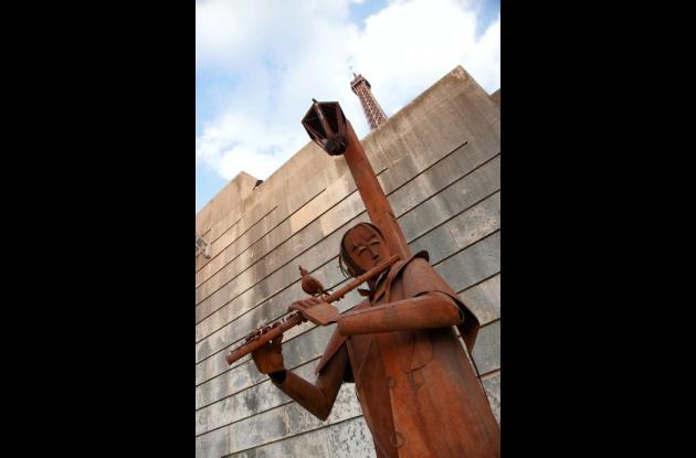 esculturas del cartagenero Edgardo Carmona