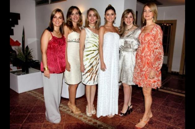 Luchy de Cepeda, Lucy de Cepeda, Alicita de Cepeda, Diana Cepeda Piñeres, Cony de Cepeda y Liseth de Cepeda.