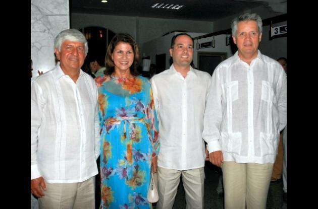 Efraín Otero, presidente del Banco de Occidente; Carmen Alicia Salcedo, vicepresidenta regional; Ubaldo Morales, gerente zona Banca Empresarial y Gerardo Silva, vicepresidente Banca Empresarial.