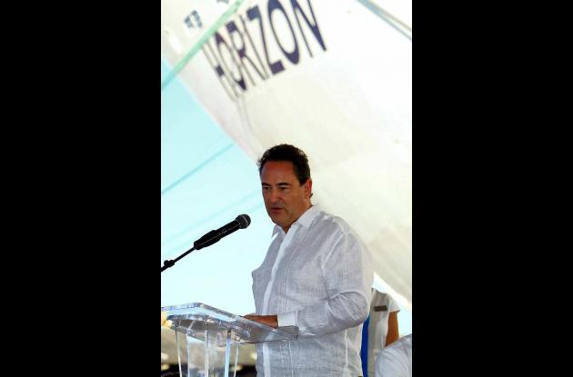 Recalada inaugural del barco Horizon