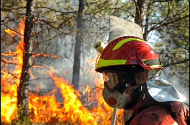 Se presentaron incendios forestales de verano repartidos en España, Francia, Italia y Grecia durante la semana, que dejaron ocho personas muertas.