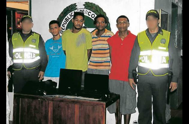 Cuatro personas capturadas en Crespo por el delito de hurto.