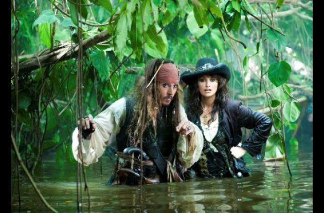 Johnny Depp y Penélope Cruz  en