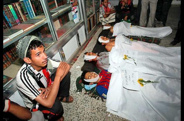 Partidarios del presidente de Yemen matan a cinco manifestantes