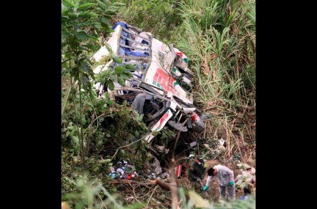 Accidente del venículo de la empresa de Rápido Ochoa