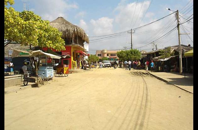 vía que de Moñitos conduce a San Bernardo del Viento