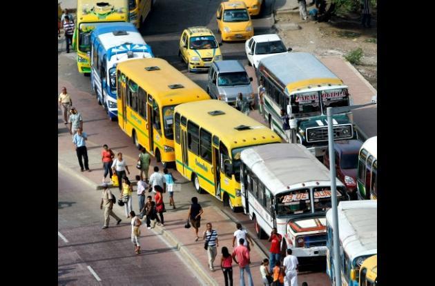 Las cifras del DATT indican que en Cartagena ruedan 1.626  vehículos de servicio público colectivo.