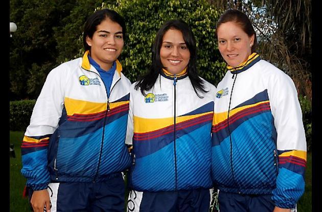 Sigrid Romero, Ana María Rendón y Natalia Sánchez, del equipo de tiro