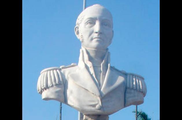 Busto de Pantaleón Germán Ribón en el Camellón de los Mártires.