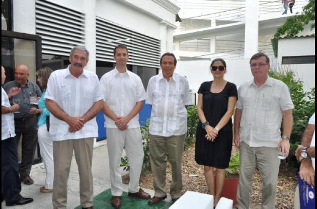 Dan Hicks, Rafael Velasco, Leopoldo Guerra, Mónica Fadul y John Crowley.
