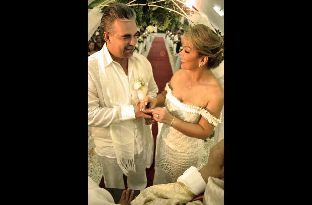 Bodas de plata de Héctor Quiroga y María Amaya