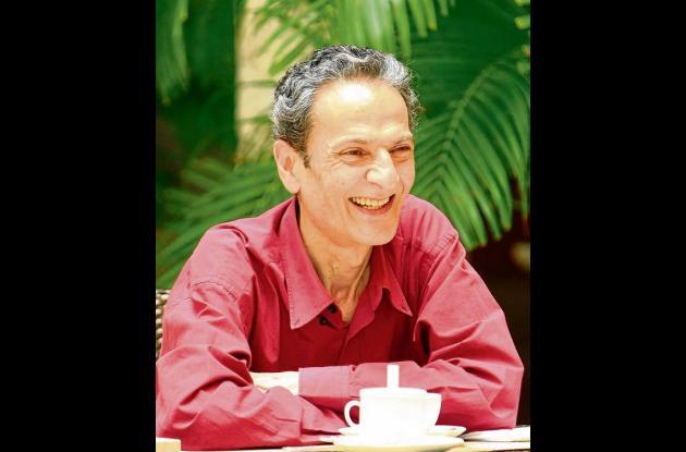 El escritor colombiano Luis Fayad.