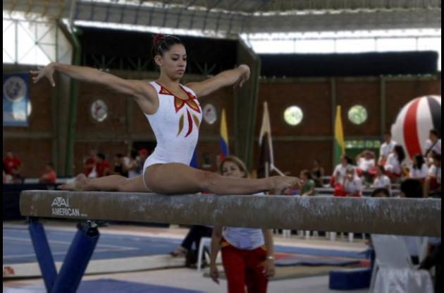 Jessica Gil, gimnasta que representará a Colombia en Juegos Olímpicos