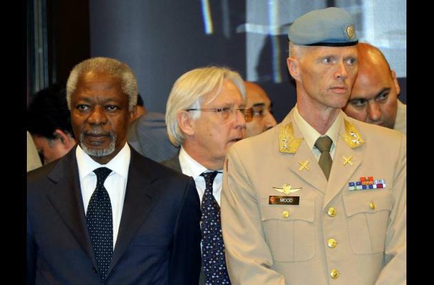 Kofi Annan y Robert Mood