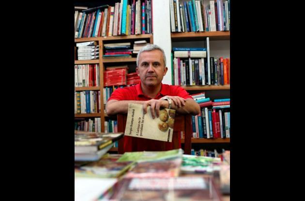 El escritor Sergio Ocampo Madrid