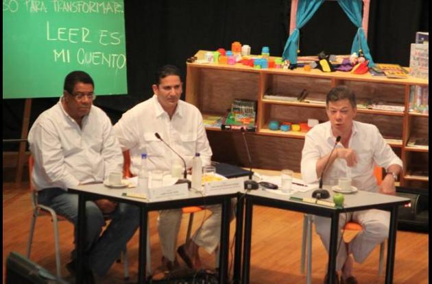Campo Elías Teherán, alcalde de Cartagena; Juan Carlos Gossaín, gobernador de Bo