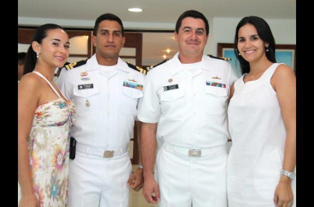 Cóctel por el Día de la Armada