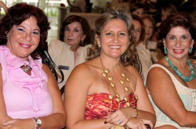 Desfile en el Club Cartagena
