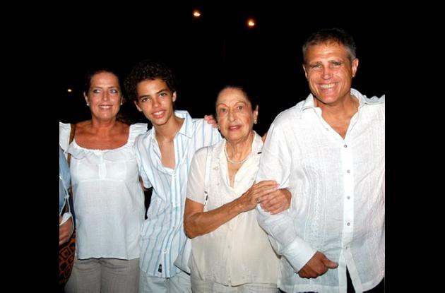 Adiós a Sonia Osorio con lágrimas de pollera colorá