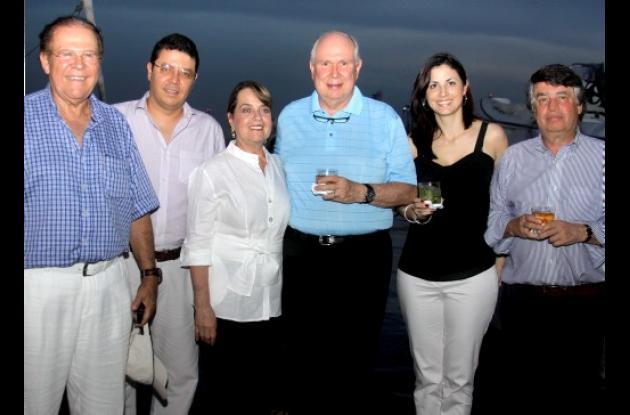 Coctel ofrecido por Delina, en la Convención Bancaria 2011