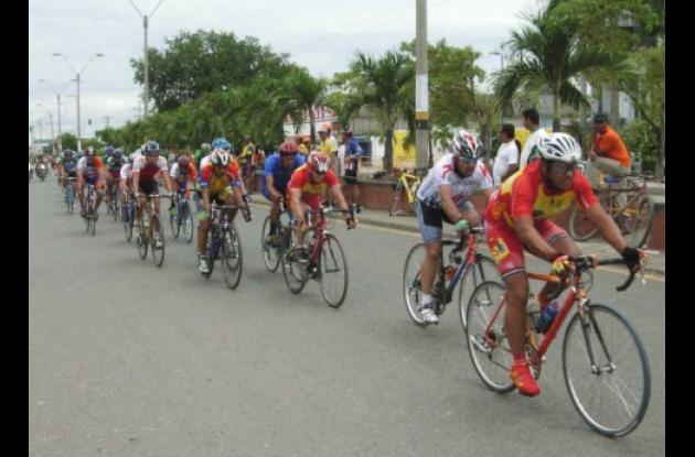 Hoy se disputan las primeras etapas en diferentes categorías de la Clásica de Ciclismo Alcaldía de Montería, en desarrollo de la feria del deporte de las festividades de esta ciudad.