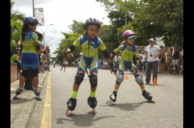 Córdoba prepara a un semillero de deportistas que competirán en el Torneo Regional de Escuelas de Patinaje que se desarrollará del 28 al 29 de junio en Sincelejo.