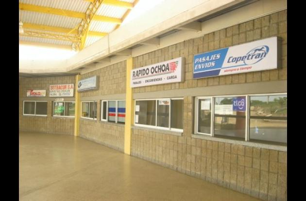 Las empresas decidieron abandonar la terminal y volver a su antiguo sitio en el parque.