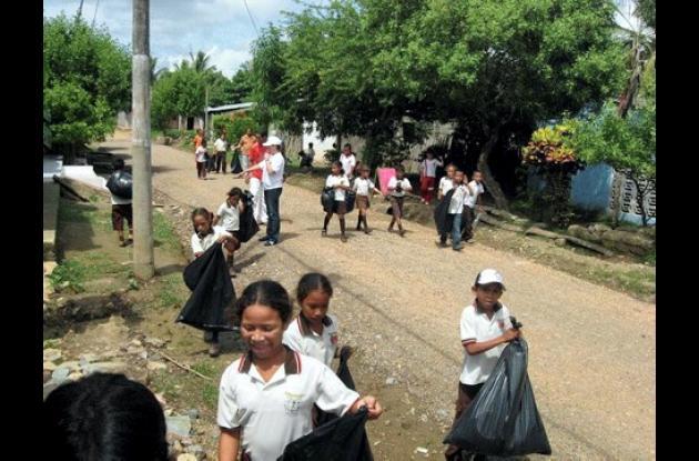 Una campaña de recolección de residuos sólidos se hizo en Lorica.
