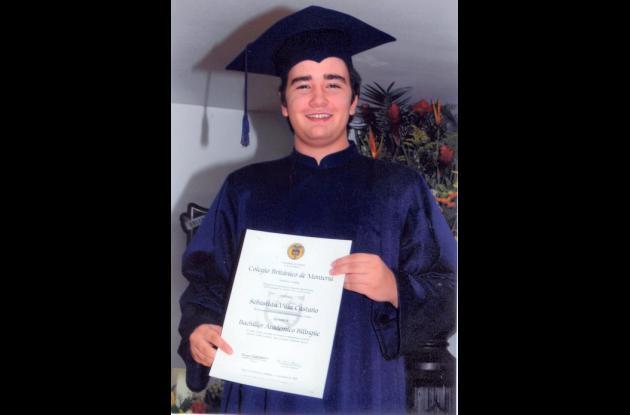 Sebastián Villa Castaño se graduó como bachiller académico bilingüe del colegio Británico de Montería.