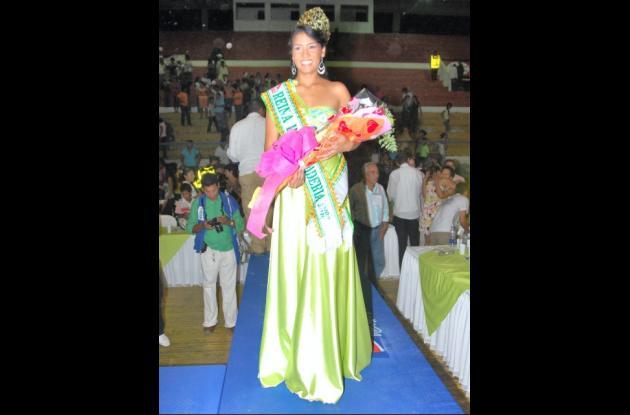 Yulis Paola Escobar Sando-val, de Rancho Grande, nueva Reina Popular de la Ganadería.