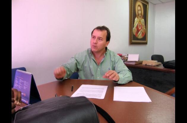 Mario Yepez, gerente de la Lotería de Bolívar.