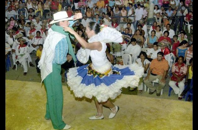 Uno de los atractivos del certamen es el Concurso de Parejas bailadoras.