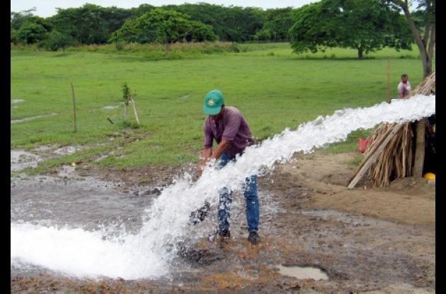 Las fuentes de agua deben ser conservadas para garantizar la supervivencia del hombre.