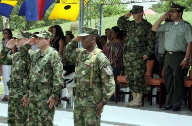 Autoridades militares presidieron los actos de celebración de un aniversario más de la Armada Nacional.