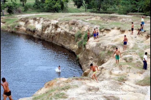 Laguna que se formó en Sabanas de Cali.