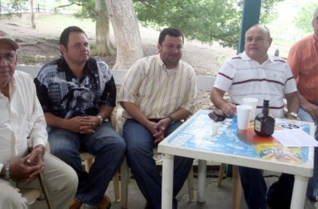 Adolfo González Patrón, Alfredo Custode, Edilberto Paternina, Jaime Bustamante Cavallo y Humberto Vergara Támara.
