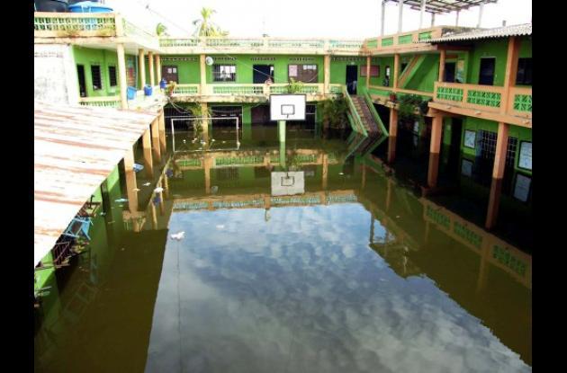 Colegios de Sucre, inundados.