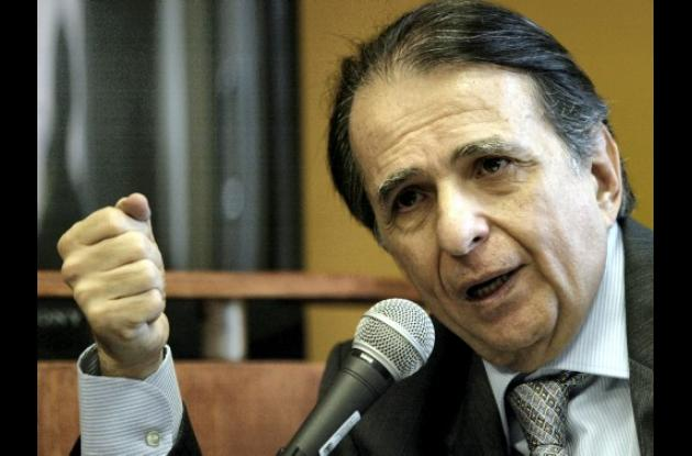El exministro Alberto Santofimio Botero.