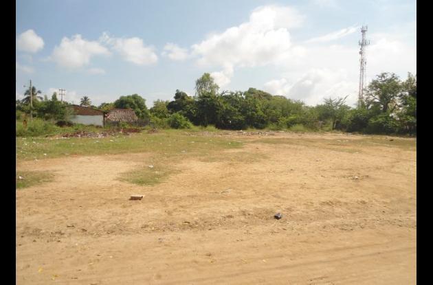 LOTE EN ZAMBRANO