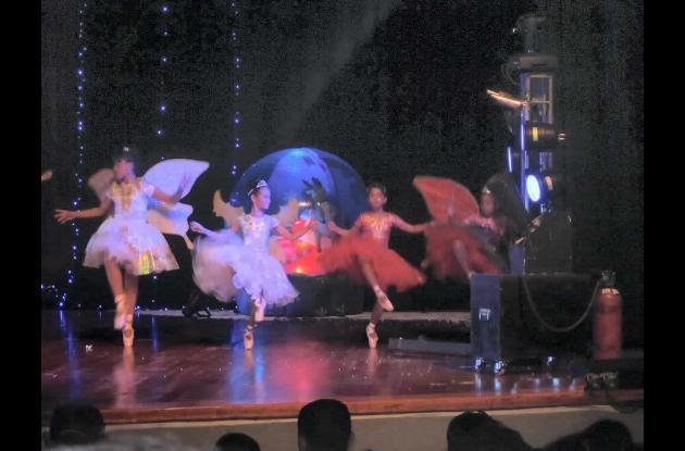 Academia de Danzas de Comfamiliar: espectáculo de arte y música